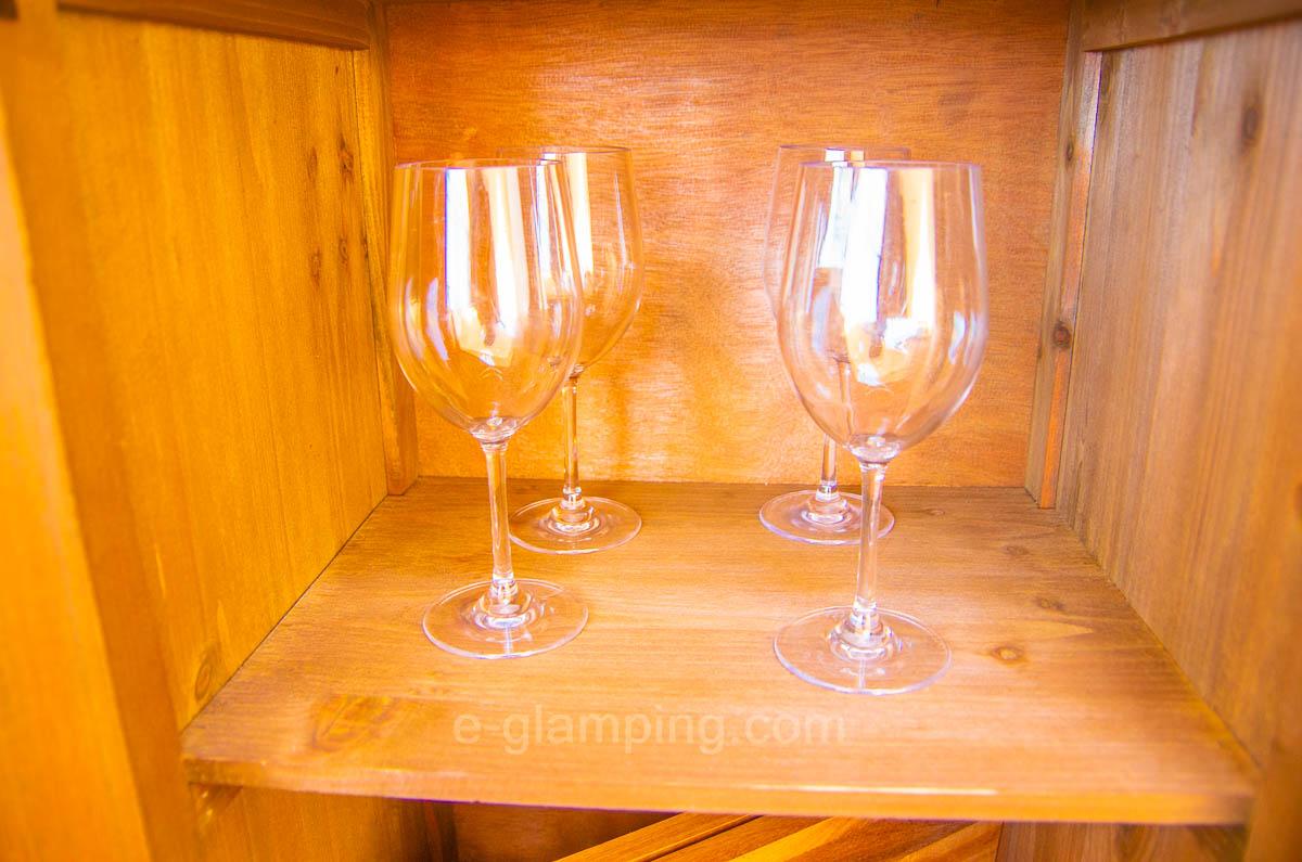京都瑠璃浜グランドーム天橋立にはワイングラン素も準備されている