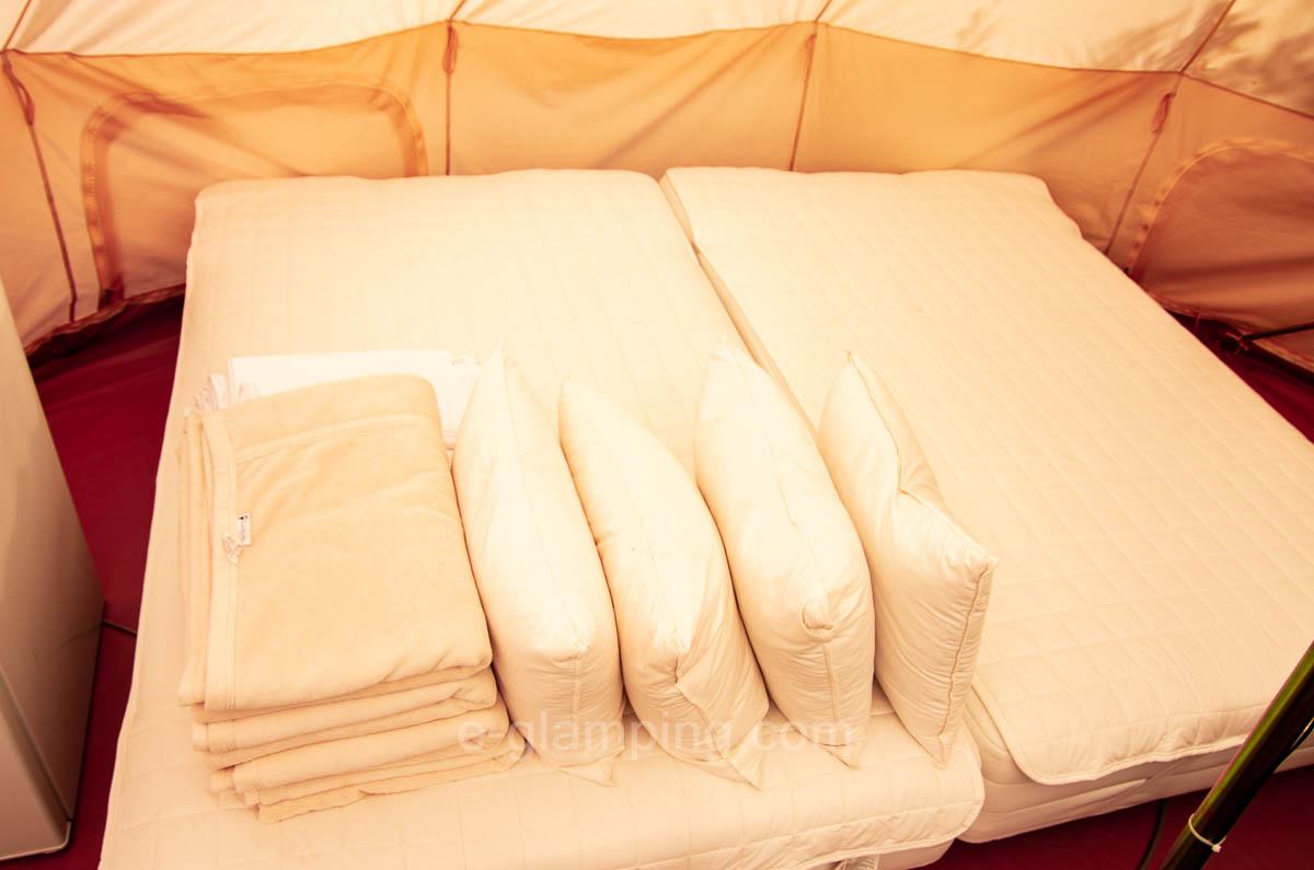 グラックスにはベッドもある