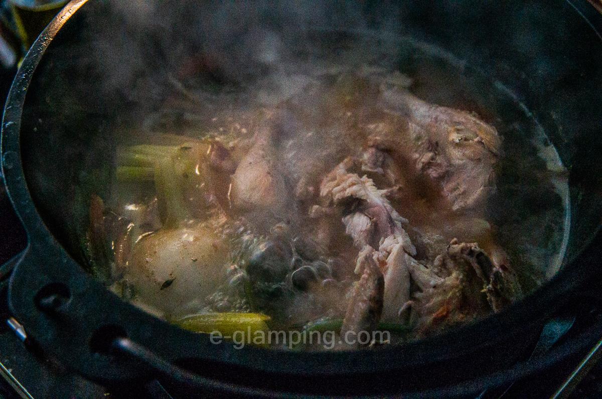 グランピング冬(グラックス)の薬膳鍋2