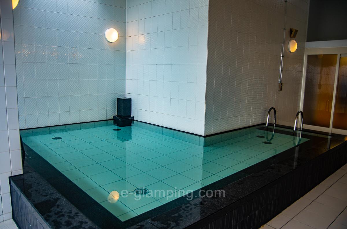 ホテル・ロッジ舞洲、森とリルのBBQフィールドの大浴場写真1