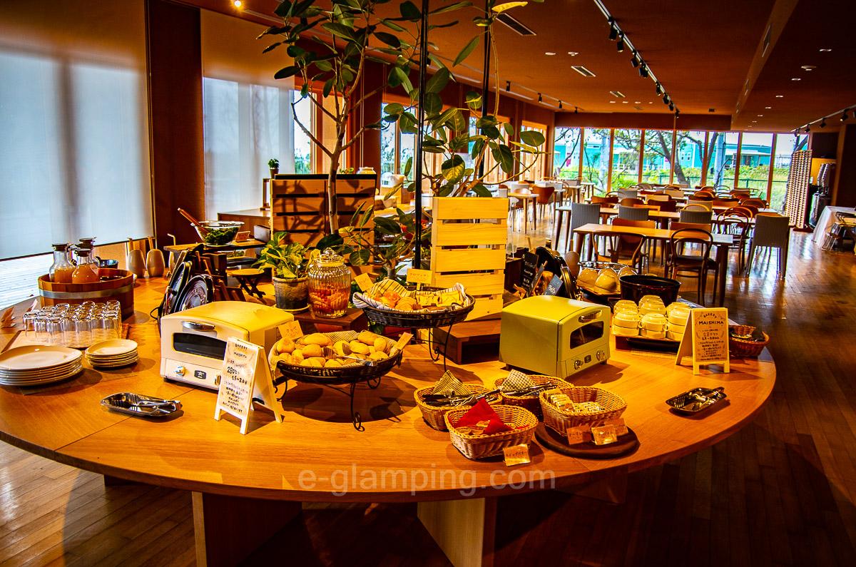 ホテル・ロッジ舞洲ガーデンテラス舞洲キッチンの朝食