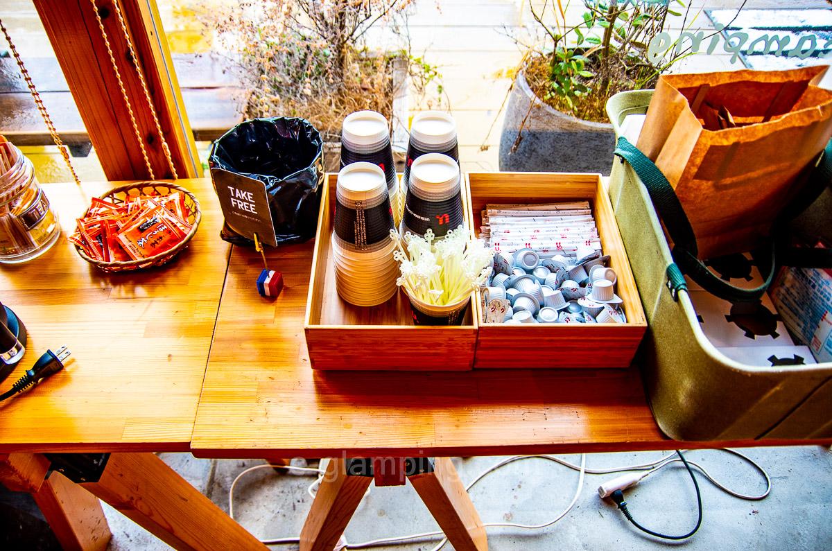 冬グランピングのココア紅茶