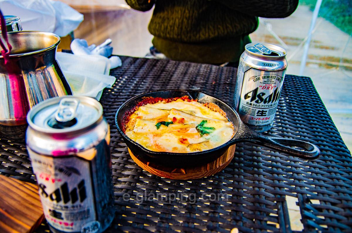 グランピング冬(グラックス)の冬BBQとビール